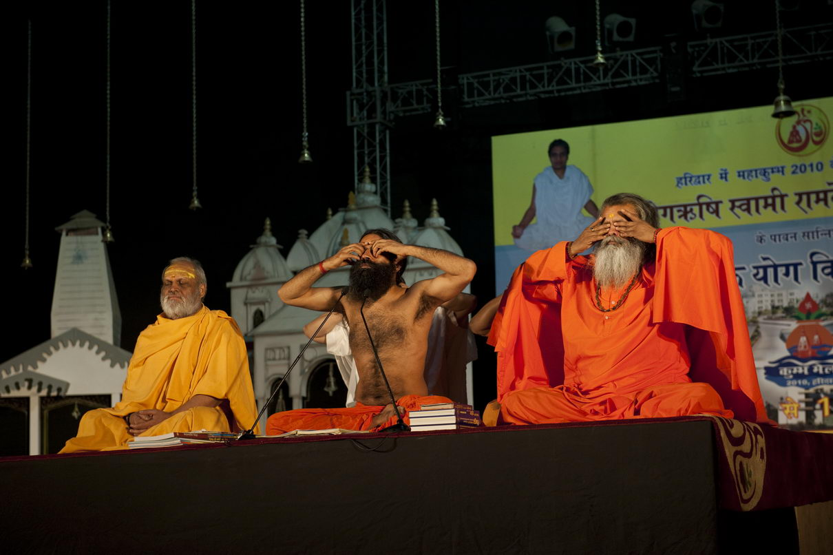swamiji_with_ramdevji01