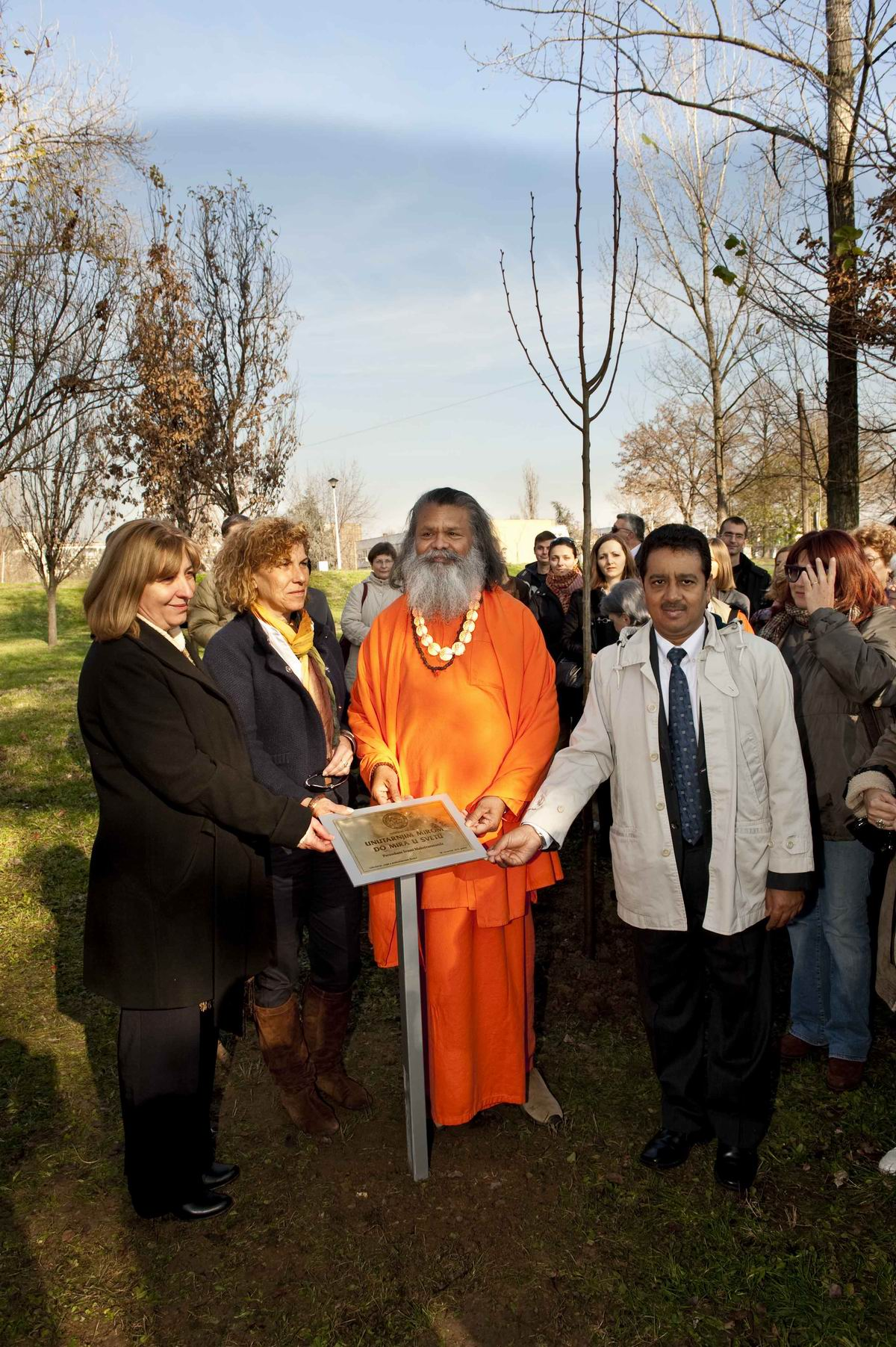 2010_11_26_Planting_of_Peace_Tree_in_Belgrade_D7A1741_web