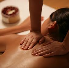 Ayurveda_back_massage