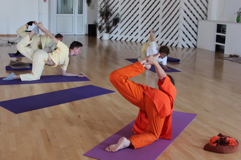 "Weekend Workshop – ""Yoga in Daily Life for a Healthy Back"""
