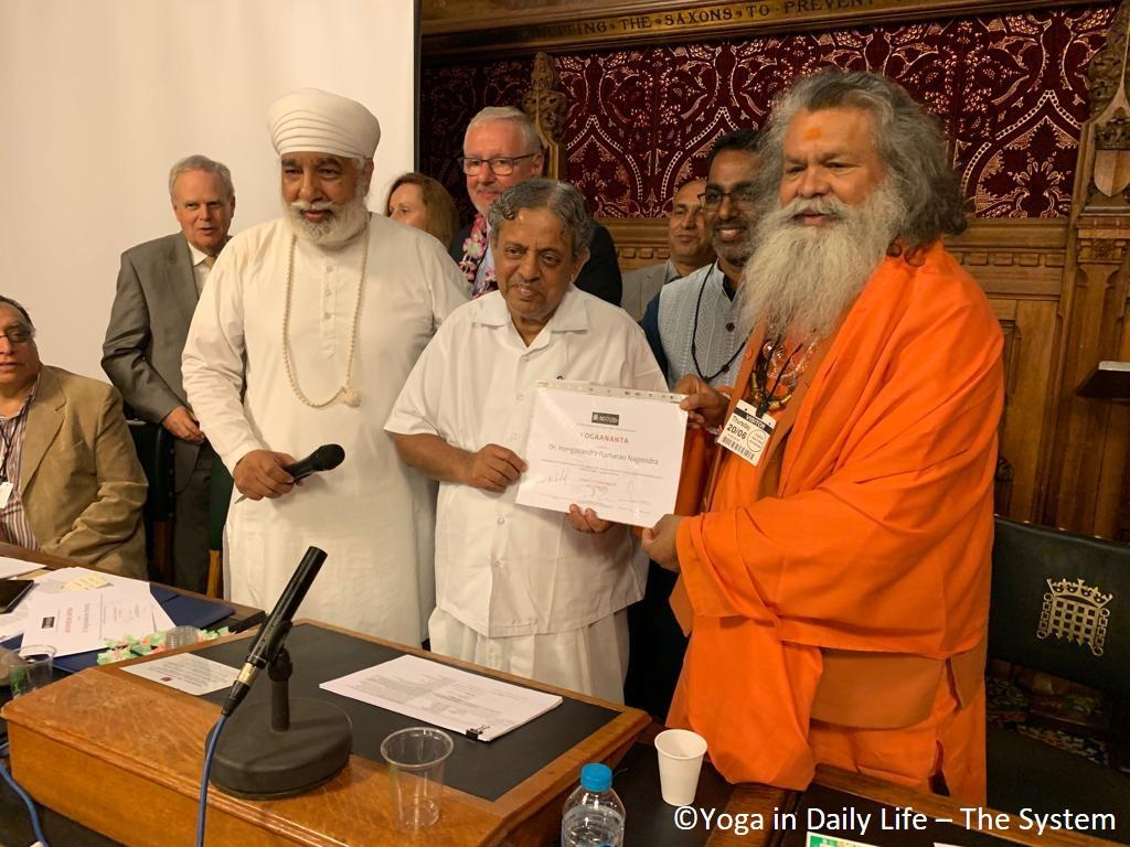 Vishwaguruji receives Yoga Ratna Award at House of Commons in London