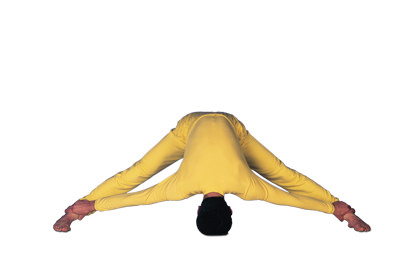 6 – 4 Pada Prasara Puranutthanasana Head-Foot Straddle