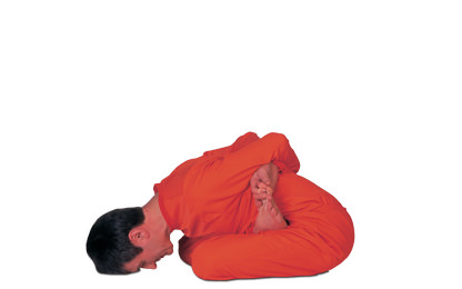 8 – 4 Bandha Padmasana Closed Lotus